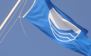 Strand Westkapelle ontvangt Blauwe Vlag.